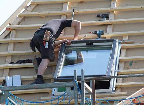 pose velux prix tarif fenetre balcon velux pices pose et rparation de volets roulants devis. Black Bedroom Furniture Sets. Home Design Ideas